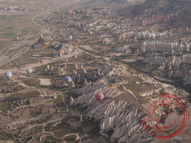 Het is een ware belevenis om het landschap van Cappadocië vanuit de lucht te bekijken