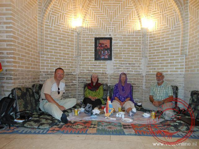 Eten in een oude hammam in Yazd