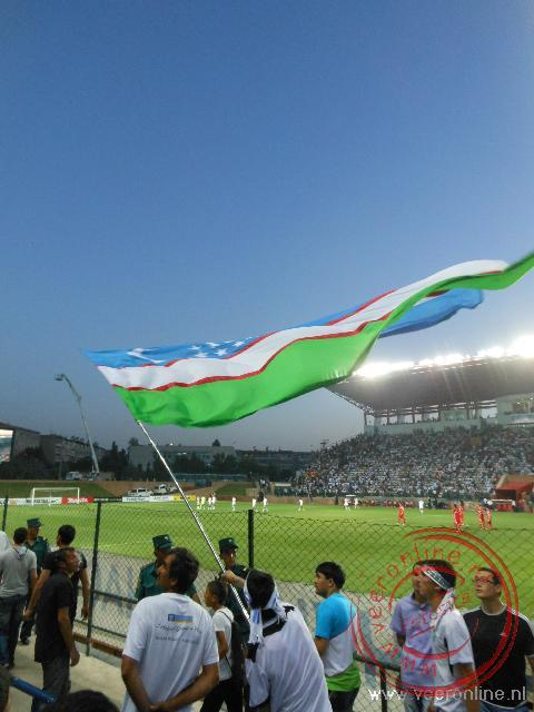 De voetbalwedstrijd Oezbekistan tegen Iran in Tashkent
