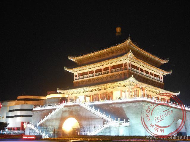 De drumtower bij avond in Xian