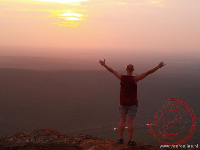 De ondergaande zon in Swaziland
