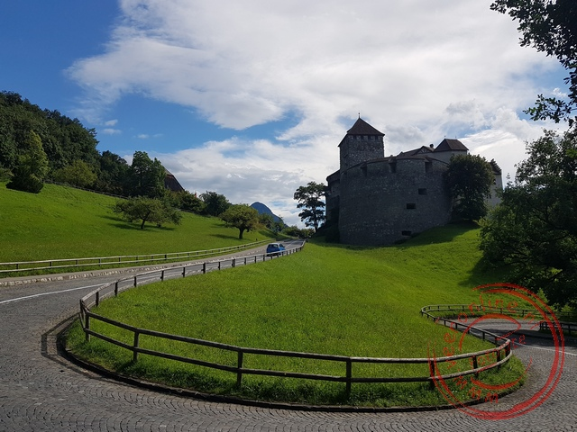Het koninklijk kasteel van Liechtenstein