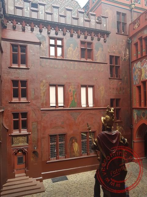 De binnenplaats van het Rode Raadhuis van basel